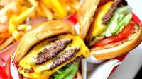 Fast Food. | via: foodwallpaper.info