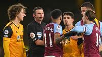 Tensi panas pertandingan antara Wolverhampton Wanderers kontra West Ham United di ajang Liga Inggris, Selasa (06/04/2021) dini hari WIB. (MICHAEL REGAN / POOL / AFP)