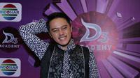 Danang D'Academy berpesan agar peserta Dangdut Academy ke-3 selalu berpikir positif [foto: Herman Zakharia]
