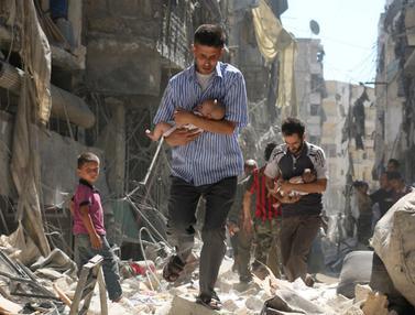 FOTO: 10 Tahun Pemberontakan Melawan Bashar al-Assad di Suriah