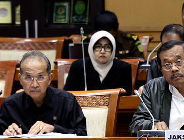 Jaksa Agung HM Prasetyo Raker Dengan Komisi III DPR RI