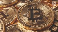 Bitcoin adalah salah satu dari implementasi pertama dari yang disebut cryptocurrency atau mata uang kripto.