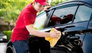 Bersihkan mobil untuk menghindari karat.