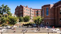Memilih perguruan tinggi memang gampang-gampang susah. Untuk mengatasinya, coba pertimbangkan hal-hal berikut. (iStockphoto)