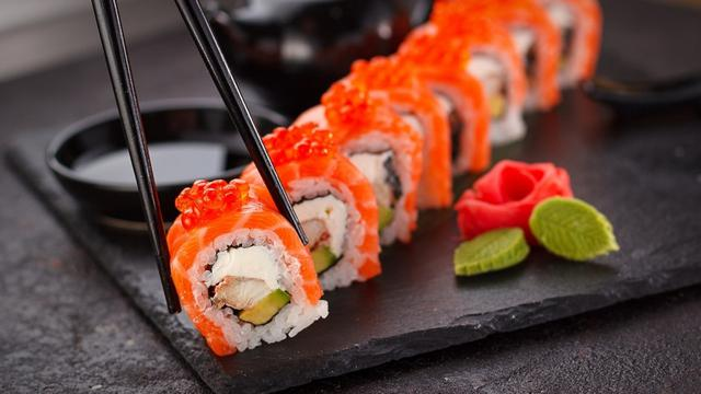 Cara Membuat Sushi Sederhana Ala Rumahan Mudah Dan Menggiurkan Lifestyle Liputan6 Com