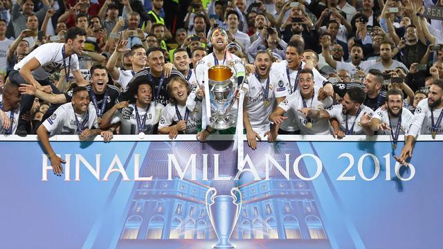 Skuat Real Madrid rayakan juara Liga Champions 75093829d6