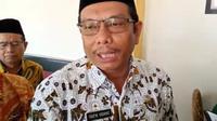 Wakil Bupati Indramayu Taufik Hidayaat memastikan pelayanan masyarakat tidak terhambat usai OTT KPK. Foto (Liputan6.com / Panji Prayitno)