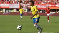 Kondisi Neymar diharapkan fit 100 persen jelang laga pembuka Piala Dunia 2018 kontra Swiss 17 Juni mendatang. (Bola.com/Reza Khomaini)