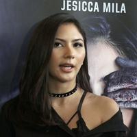 Jessica Mila tepis isu putus hubungan asmara dengan Mischa Chandrawinata.