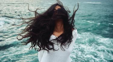 Cegah Rambut Rontok, 5 Manfaat Baik Seledri Bagi Rambut