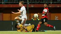 Bentrok Madura United Vs Bali United di Stadion Gelora Madura Ratu Pamelingan, Pamekasan, Selasa (20/8/2019). (Bola.com/Aditya Wany).