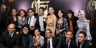Ajang penganugerahan para sineas film Festival Film Indonesia (FFI) 2016 baru saja di gelar. Acara berlangsung di Taman Ismail Marzuki, Jakarta pada Minggu (6/11). (Adrian Putra/Bintang.com)