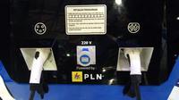 Terdapat 3 model colokan untuk pengisian mobil listrik (Dian/Liputan6.com)