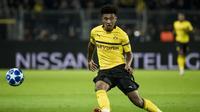 3. Jadon Sancho – Kepindahan Sancho ke Dortmund akan menjadi penyesalan terbesar Guardiola.Kini pemain 18 tahun tersebut tampil sebagai pemain bintang Borussia Dortmund dengan mencetak 7 gol dan 9 assist dari 24 pertandingan. (AFP/Odd Andersen)