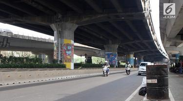 Sebanyak 292 muralis melukis di tiang tol untuk menyambut Asian Games 2018 dan Hari Kemerdekaan Indonesia.