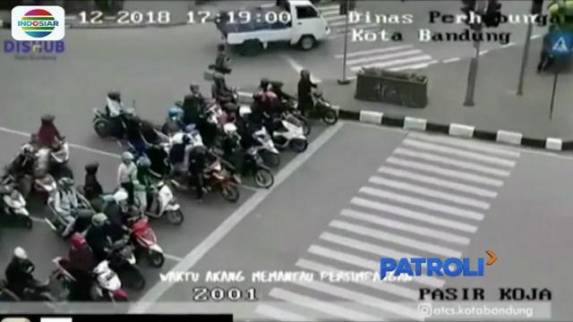 Dinas Perhubungan Kota Bandung buat video parodi pelanggar lalu lintas diiringi penggalan lagu sayur kol.