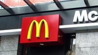 McDonald akan menuntut siapapun yang membuat usaha dengan nama MC atau Mac. Sumber : grunge.com.