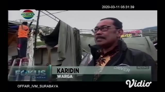 Badai menerjang wisata Telaga Sarangan di Magetan, Jawa Timur akibat angin kencang membuat kerusakan di sejumlah tempat. Termasuk merobohkan tenda yang akan digunakan resepsi pernikahan.