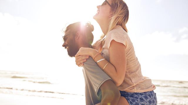 Pasangan dan hubungan cinta (iStock)