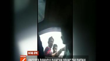 Mendapat ancaman serius, petugas Bawaslu akhirnya batal untuk memintai keterangan warga dan memilih untuk melaporkan ancaman warga ke Polres Tanjung Pinang.