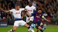 Barcelona menghadapi Tottenham Hotspur pada laga kedua Grup B Liga Champions, di Stadion Wembley, Rabu (3/10/2018) waktu setempat. (AFP/Ian Kington)