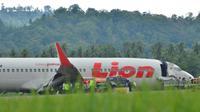 Bandara Djalaludin Gorontalo direncanakan akan ditutup hingga Rabu, 2 April 2018, pukul 07.00 Wita, untuk mempermudah evakuasi pesawat Lion Air yang tergelincir. (Liputan6.com/Arfandi Ibrahim)