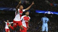 Striker Monaco, Kylian Mbappe, merayakan gol yang dicetaknya ke gawang Manchester City. Sementara ketiga gol dari Monaco dibukukan oleh Kylian Mbappe dan juga dua gol dari Radamel Falcao. (AP/Dave Thompson)