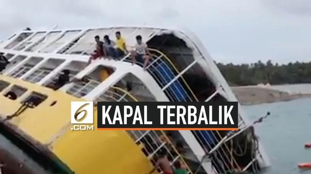Sebuah kapal feri terbalik saat berlabuh di Kepulauan Camotes, Filipina. Insiden ini membuat penumpang panik. Beberapa dari mereka memanjat kapal untuk menyelamatkan diri. Total, ada 149 penumpang dan 18 awak berada dalam kapal tersebut.
