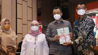 PT PLN (Persero) bersama Komisi Pemberantasan Korupsi (KPK), serta Kementerian Agraria dan Tata Ruang/Badan Pertanahan Nasional (ATR/BPN) mengamankan 414 sertifikat tanah di Provinsi Nusa Tenggara Barat (NTB) sepanjang 2021.
