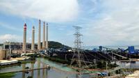 PLTU Suralaya, Cilegon, Banten. PT PLN menargetkan proyek PLTU Suralaya Unit 8 akan siap beroperasi pada April 2011. (Antara)