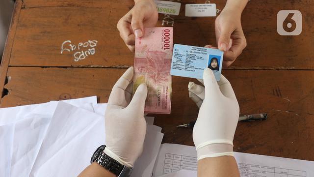 Cara Cek Nama Penerima Bansos Tunai Rp 300 Ribu di dtks ...