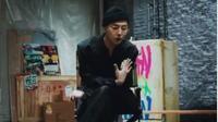 Dijual Seharga Mobil, Sneakers Kreasi G-Dragon Tetap Ludes Terjual. (dok.Instagram @xxxibgdrgn/https://www.instagram.com/p/B5AojRvHFRI/Henry)