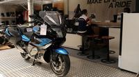 Sepeda motor didukung  teknologi dan spesifikasi mesin kelas wahid.