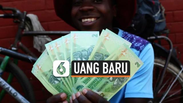Pemerintah Zimbabwe akhirnya memperkenalkan mata uang baru negaranya setelah hampir satu dekade terakhir menggunakan mata uang negara lain. Mata uang baru ini dikeluarkan Reserve Bank of Zimbabwe di Harare (12/11/2019).