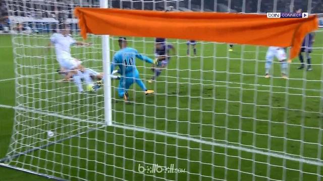 Marseille menang 2-0 atas Toulouse dalam lanjutan Ligue 1 pekan ke-7, Minggu (24/9/2017). This video is presented by Ballball