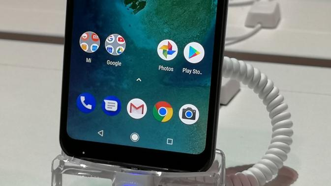 Lebih Dekat dengan Xiaomi Mi A2 Lite, Si Raja Smartphone