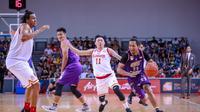 CLS Knights Indonesia menjaga asa menjuarai ABL 2018-2019 setelah memenangi final gim pertama melawan Singapore Slingers dengan skor 86-67. (dok. CLS Knights Indonesia)