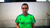 Gelandang Persebaya, Misbakus Solikin, sudah sembuh dari cedera. (Bola.com/Aditya Wany)