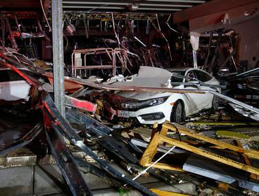 Kondisi Canton Usai Dihantam Tornado-AP-20170430