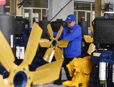 Mengintip Pabrik Pembuatan Buldoser di China