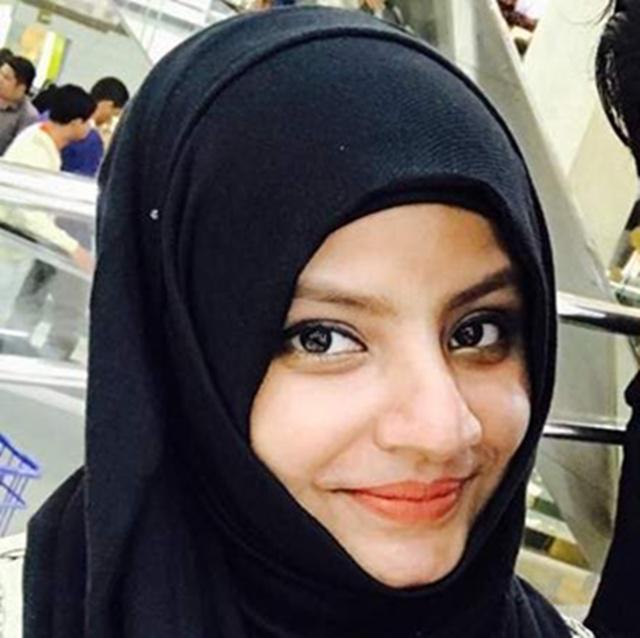 Ayesha menjadi muallaf setelah mencoba berpuasa ramadan   Copyright by khaleejtimes.com