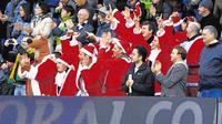 Suasana para suporter ketika menyaksikan tim mereka bertanding pada periode Boxing Day. (AS.