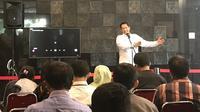 Direktur Utama  Perum Bulog Budi Waseso melakukan press conference mengenai disposal stok, Selasa (3/12/2019). (Yayu/Merdeka.com)