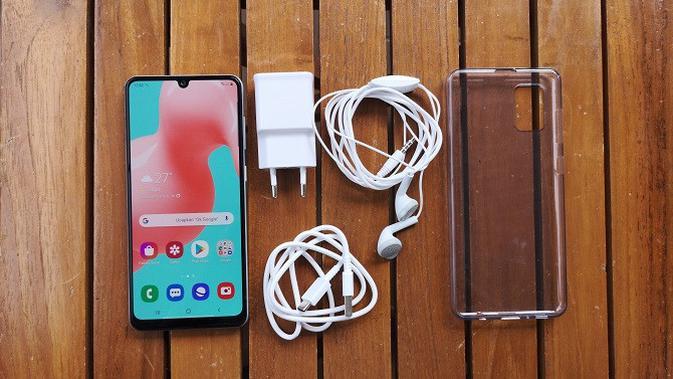 Paket penjualan Samsung Galaxy A31. (Liputan6.com/Agustinus M. Damar)
