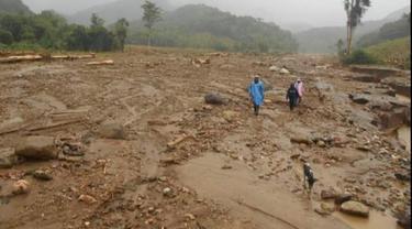 Puluhan hektar lahan pertanian milik warga Desa Atakowa, Kabupaten Lembata rusak berat diterjang banjir bandang pada, Minggu 4 April 2021 lalu. (Foto Istimewah)