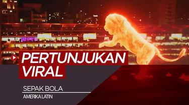 Berita video 3 momen viral dari sepak bola Amerika latin yaitu pertunjukan singa api hingga pasukan dari film Star Wars.