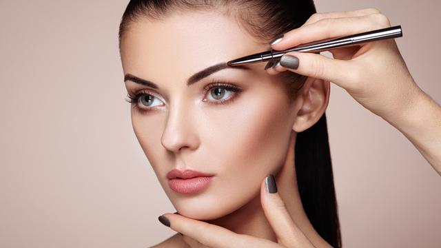 Panduan Tepat Mempelajari Bentuk Alis Yang Sesuai Dengan Wajah Fashion Beauty Liputan6 Com