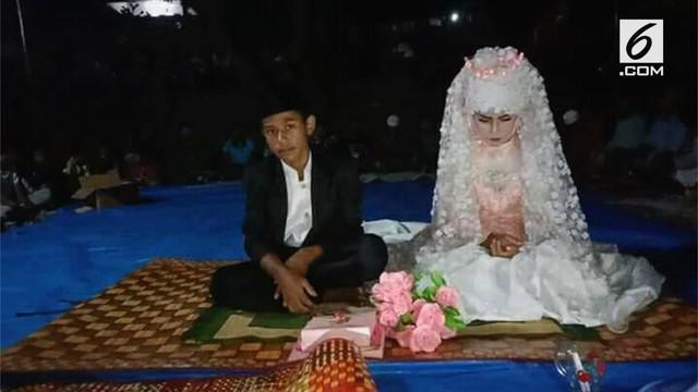 Pernikahan dini kembali terjadi di Lombok, NTB. Kedua mempelai masih duduk di bangku SMP