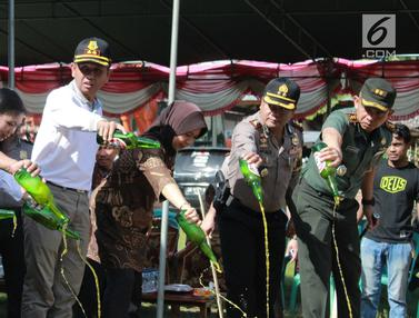 Polres Gorontalo Musnahkan Puluhan Ribu Liter Miras
