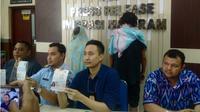 Imigrasi Mataram menciduk tiga WNA diduga bermasalah. (Liputan6.com/ Hans Bahanan)